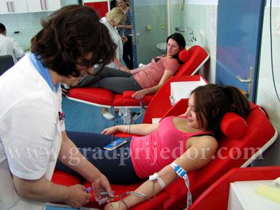 darivanje krvi-srednjoskolci 1