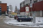 parking kod srednjoskolskog centra
