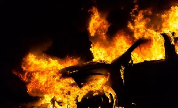 zapaljeno-auto-575x323