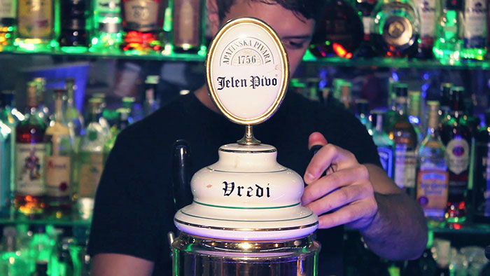 Jelen-Pub-Life-Club-PD_02