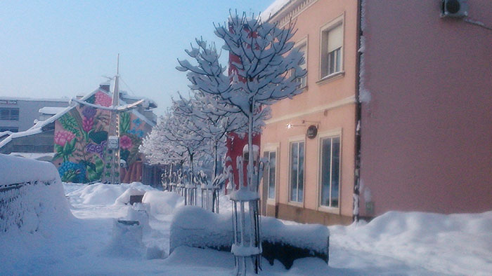 Foto: SRNA - Centar grada na Božićno jutro