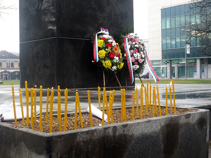 14-Prijedor---spomenik-poginulim-borcima-VRS-Za-krst-casni