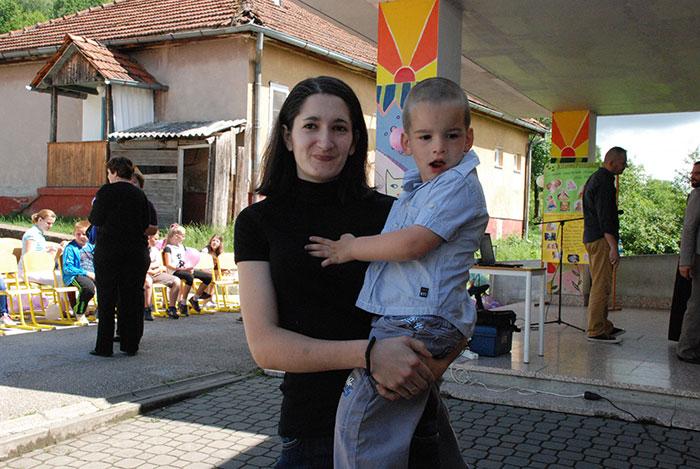 20-Ostra-Luka---porodica-Gajić-ima-cetvero-djece