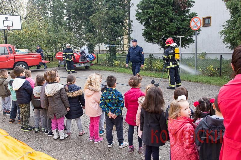 vatrogasci-i-djeca-vrtica